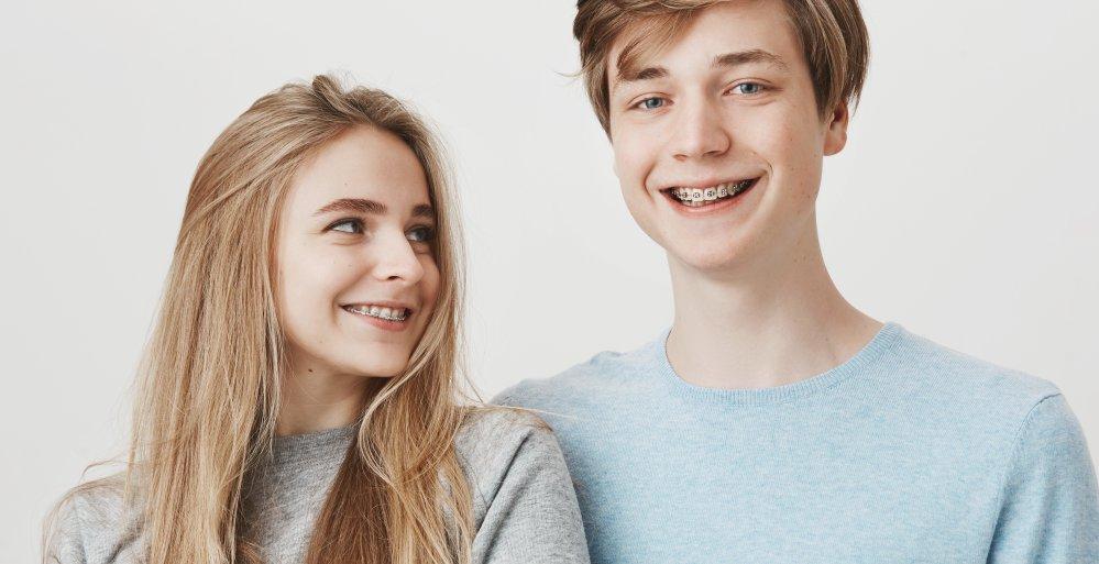 Durch unsere Kieferorthopäden: Zahnspange für Kinder und Jugendliche